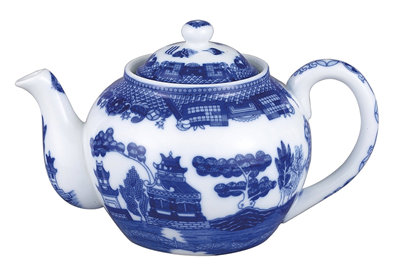 Traditional Blue Willow Design 16-oz Teapot with Infuser