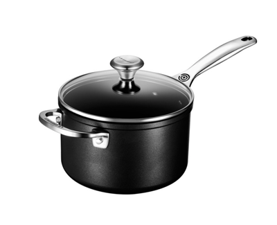 le creuset 3 qt. Non-stick Saucepan with Glass Lid - New Design